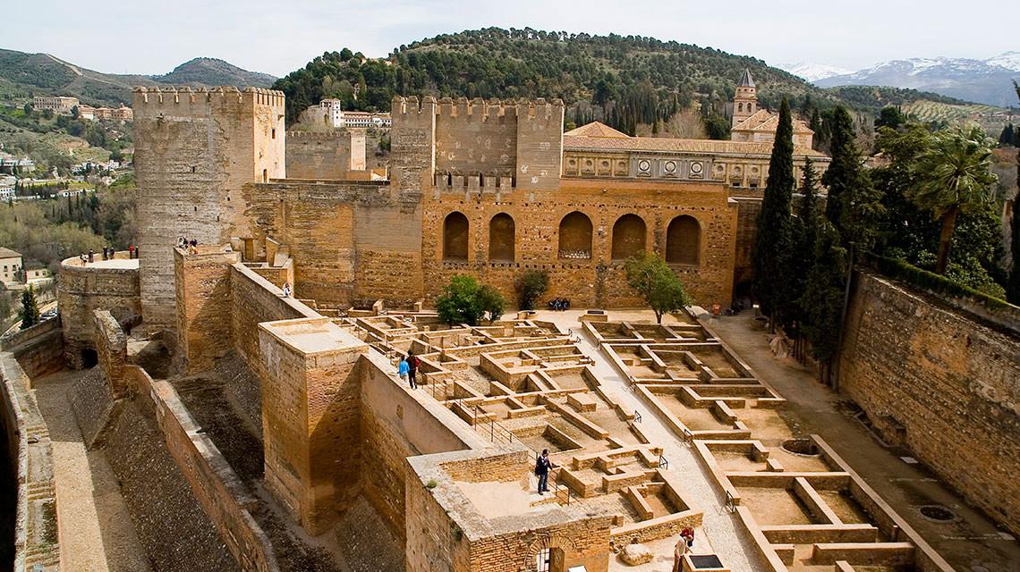 the alhambra and the nasrid palaces hotel boutique la almunia del