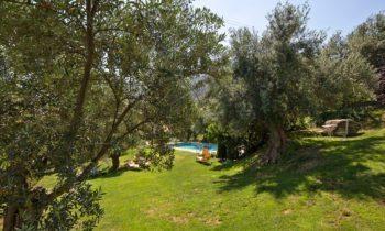 Hotel con piscina cerca de Granada
