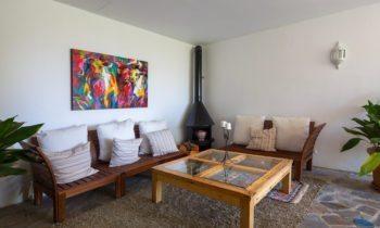 area comun en habitaciones superiores en Hotel cerca de Granada